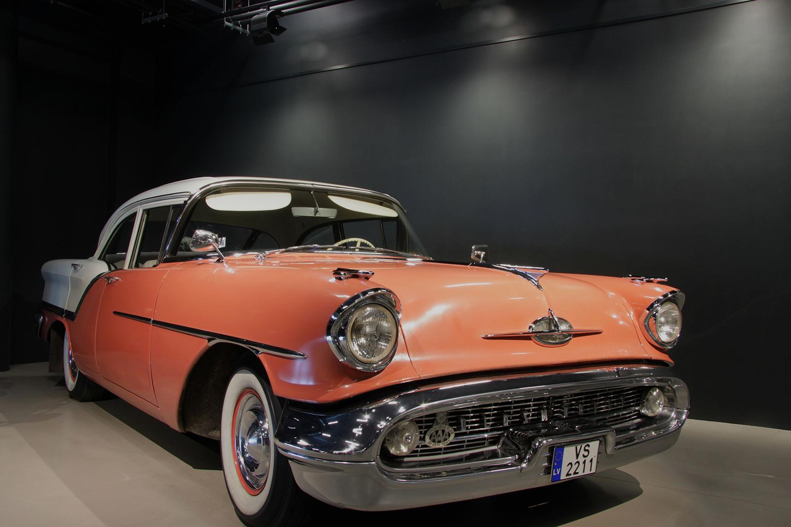 Garaza_Oldsmobile